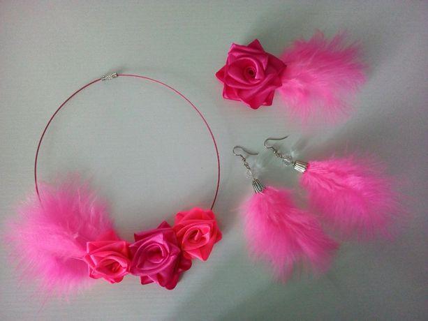 Колье, серьги, заколка-брошь. Комплект розовый с перьями.Ручная работа