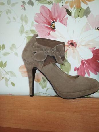 Польские замшевые туфли