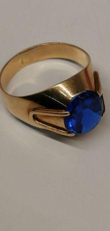 złoty piękny sygnet z niebieskim kamieniem cudo próba 585