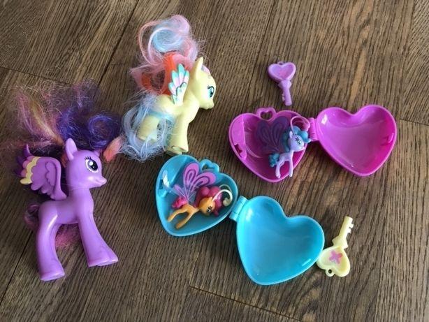 Kucyki Pony z serduszkami + akcesoria