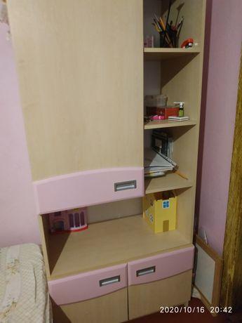 Книжный шкаф продам