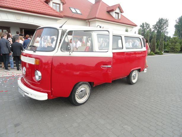 samochód auto do ślubu ogórek