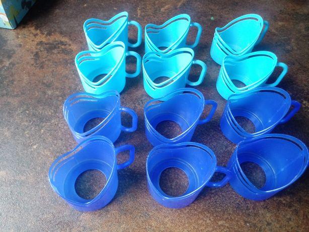Uchwyty plastikowe na szklanki 12 szt