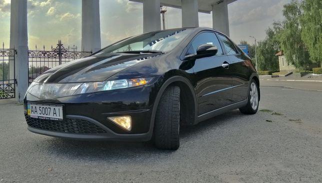Продам авто Honda Civic 5D 2008