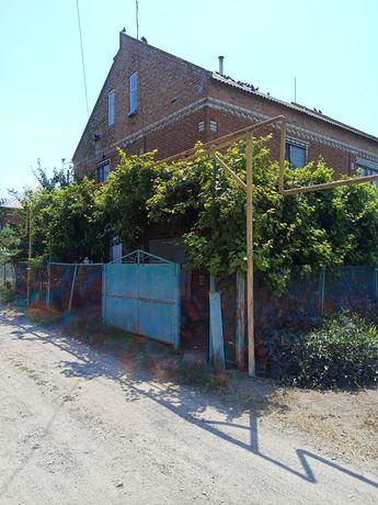 Продается двухэтажный дом в с.Великая Знаменка