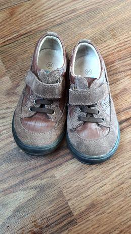 Кросівки 26 розміру
