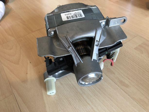 Silnik MCA 38/64-148/WHE3