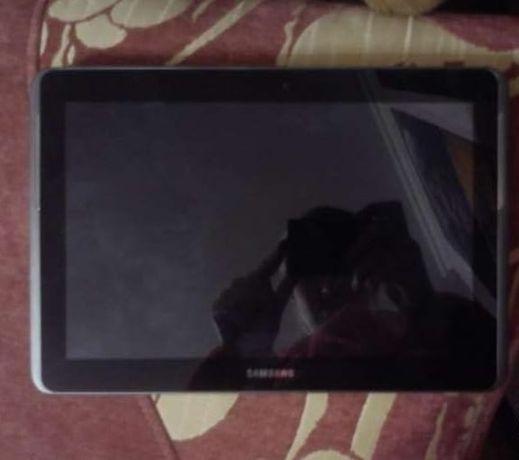 Планшет Samsung Tab 2 GT-P5100 3G 10.1