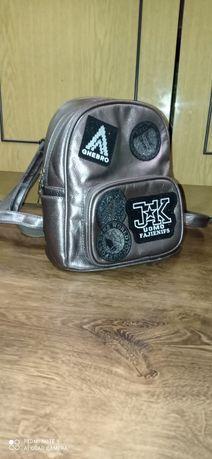 Рюкзак жіночій бронзовий