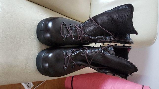 Buty wojskowe Demar zimowe rozmiar 28