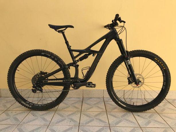 Bicicleta Specialized Enduro Expert Carbon 2016 Roda 29 Tamanho M
