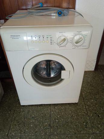 Máquina de lavar pequena para arranjo ou peças