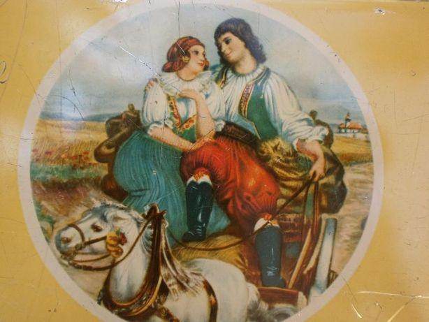 Продам коробку металлическую для конфет Германия конец 40-х годов