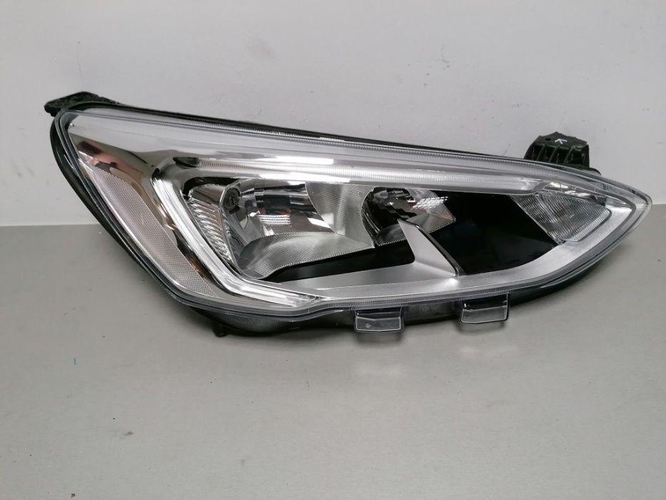 Lampa Prawa przod Ford Focus mk4 Grabowo - image 1