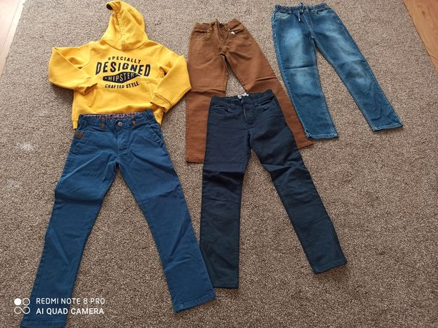 Bluzy chłopięce  r. 128. Spodnie chłopięce  r. 134 stan bdb