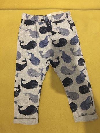 Nowe spodnie dresowe hm 92
