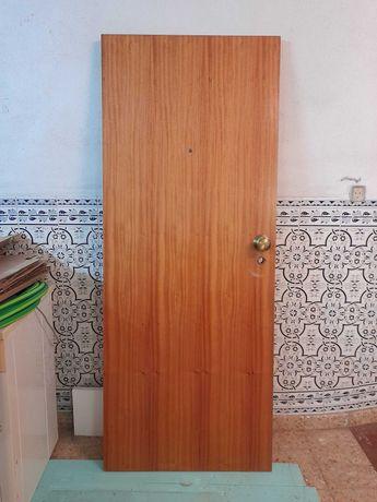 Porta de entrada apartamento