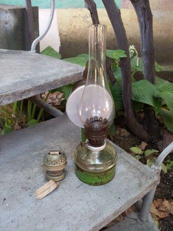 Керосиновая лампа с запасной горелкой