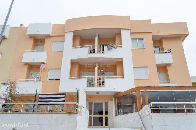 Excelente Apartamento Duplex T3 convertido em T4