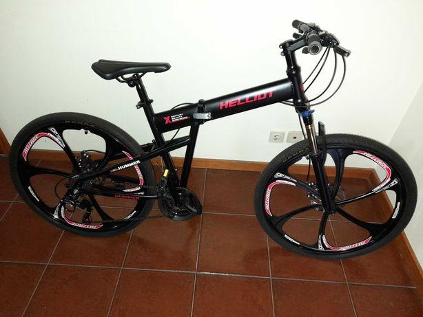 Bicicleta d/montanha Helliot Hummer dobrável (quase nova) e acessórios