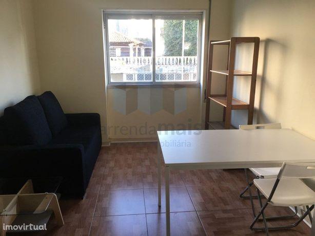 Apartamento T1 para Arrendar em Coimbra