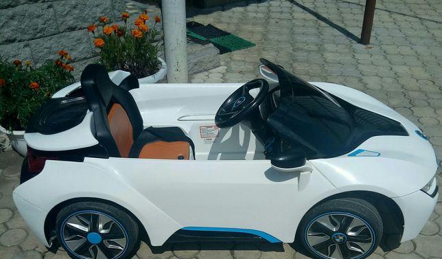 Электромобиль BMW i8 Concept