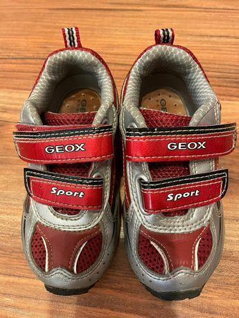 Кроссовки кожаные Geox, размер 6-7(23), стелька 14,5 см.