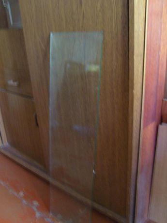 продам стеклянную полку от кухонного шкафа