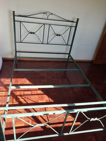 Cama ferro 200x149cm