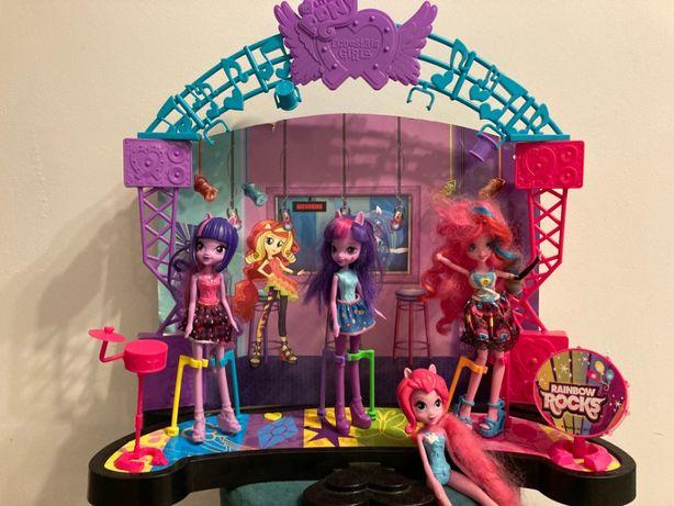 My little pony EQUESTRIA Girls Scena + lalki jedna śpiewa