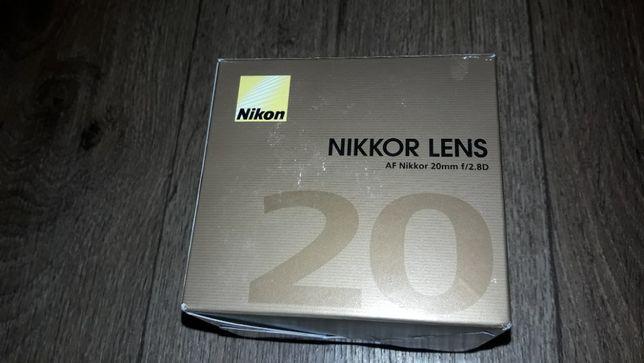Продам новый объектив Nikon 20 2.8 (JAA127DA) официальная гарантия