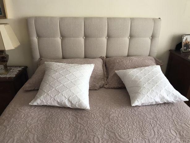 Cabeceira de cama em Linho Guy Laroche 1,40 NOVA