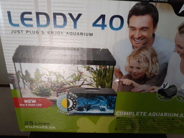 Akwarium Aquaela led-25 litrów.