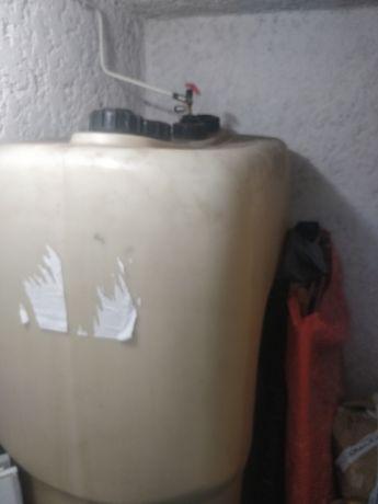 Depósito de 1.000litros  combustível gasoleo