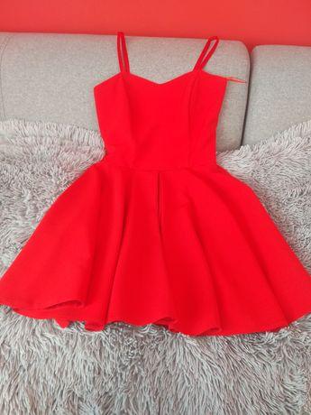 Sukienka krótka czerwona