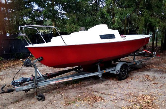 Żaglówka, łódź kabinowa, łódka, jacht  5,5 m