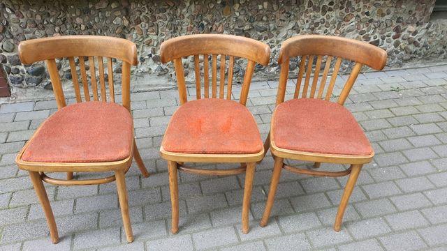 Trzy krzesła vintage prl