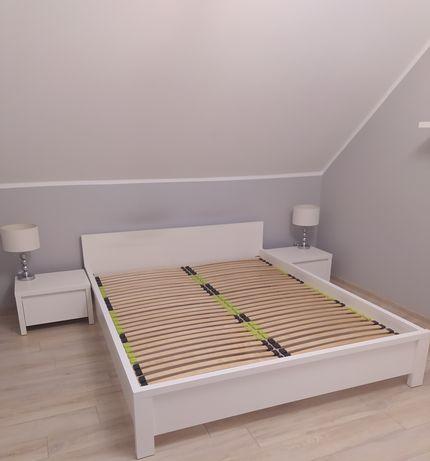 Komplet biały sypialnia łóżko 2szafki półki lampki
