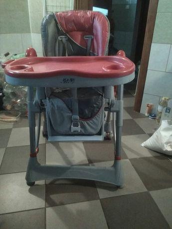 Fotelik do karmienia dziecka