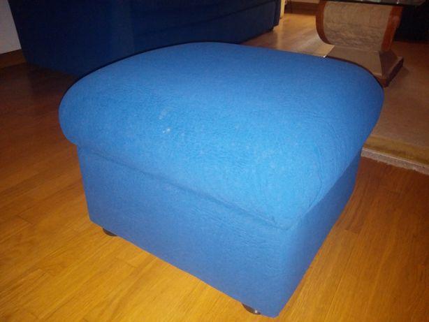 Puffs azul de sala