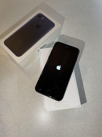 Продам IPhone 7 128gb. Черный. Идеальное состояние