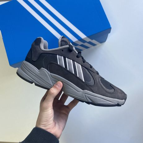Кросівки кроссовки Adidas Yung 1