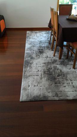 Lindíssima Carpete como nova!