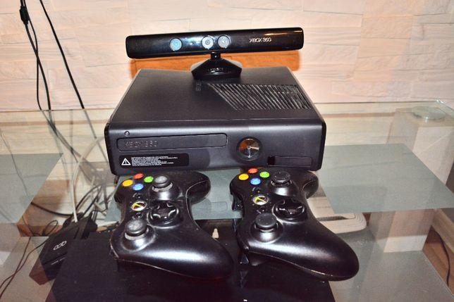 Xbox360 250GB+kinect+2 pady bezprzewodowe+zasilacz+2 gry do wyboru