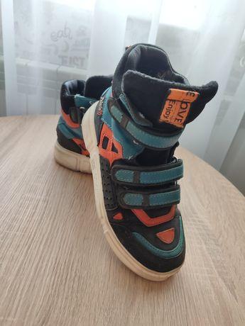 Кроссовки хайтопы ботинки кеды