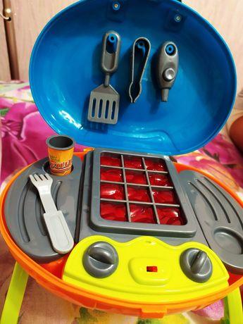 Детская гриль, кухня, рабочая