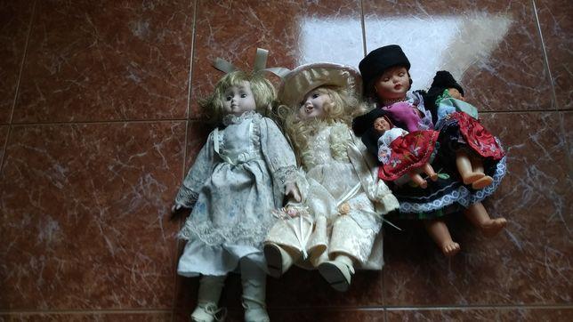 Bonecas de Porcelana e da Nazare