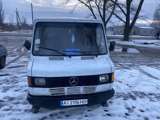 Mercedes-Benz 307 D