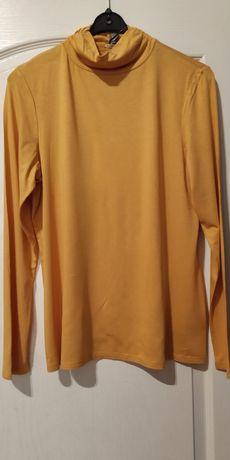 Bluzka z golfem z długim rękawem.