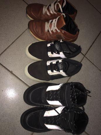 Продам 3 пары обуви 36р и 1 бутсы 36р. Цена указана за всё